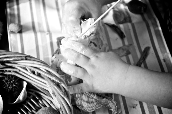 Occupational therapy activities for Cerebral Palsy. Reggio Emilia activities using natural materials for preschoolers