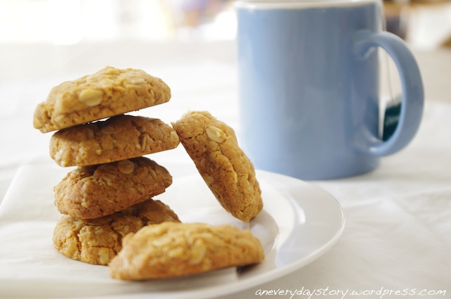 In the Kitchen: ANZAC Biscuits (Wheat Free)