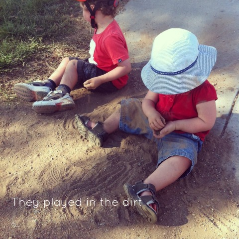 Playing in the dirt - An Everyday Story